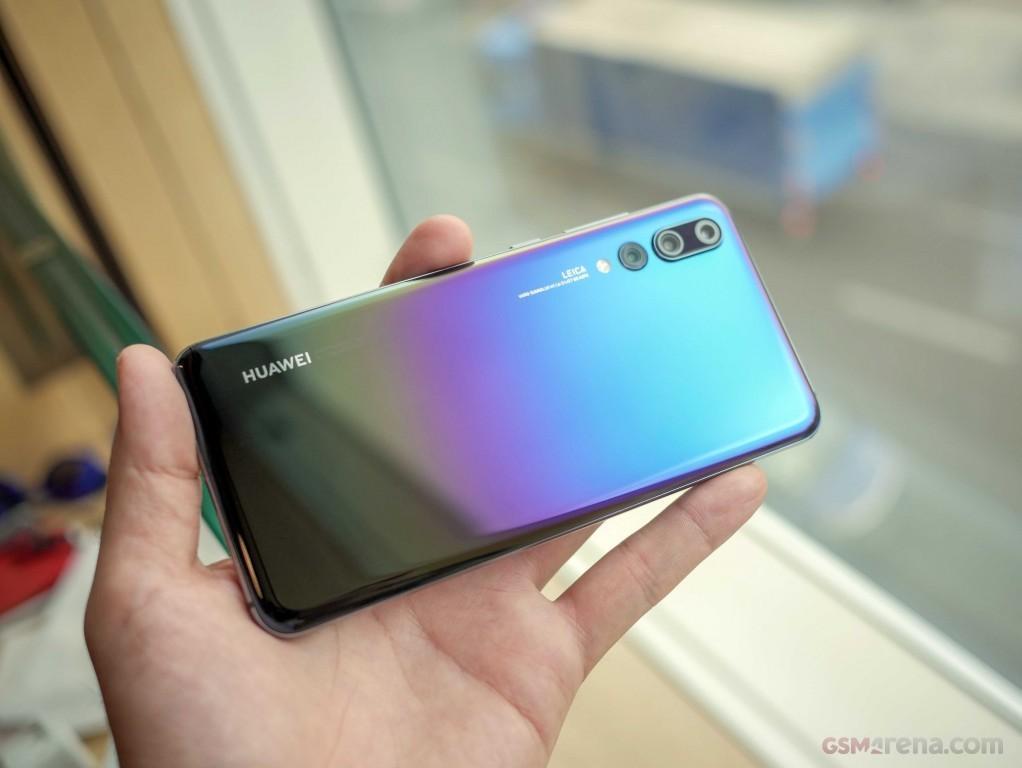 IFA 2018 | Huawei annuncia 4 nuove colorazioni per Huawei P20 Pro | Evosmart.it