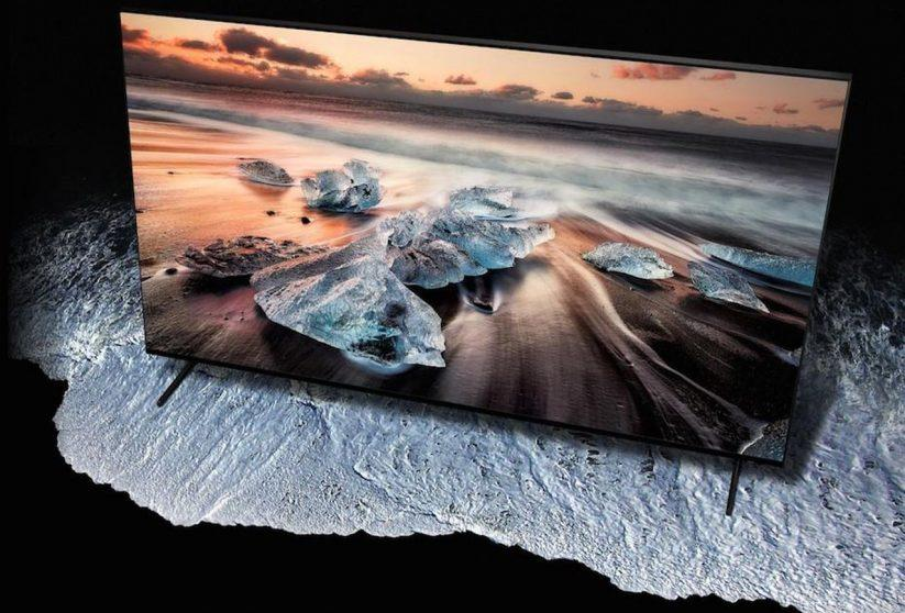 Samsung Q900R lancia la sfida ad LG