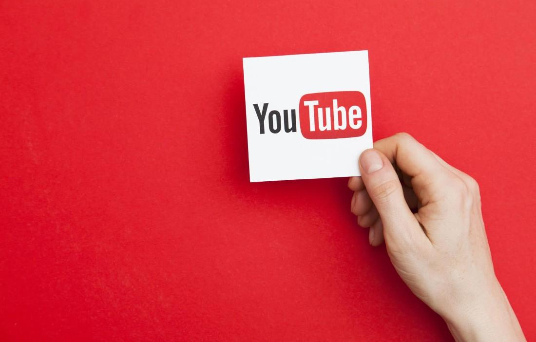 Arrivano le gesture su Youtube per poter navigare tra i video in playlist