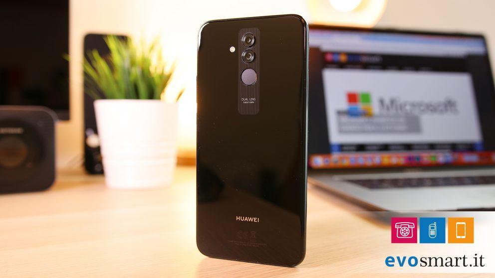 Huawei Mate 20 Lite ha un doppio sensore fotografico
