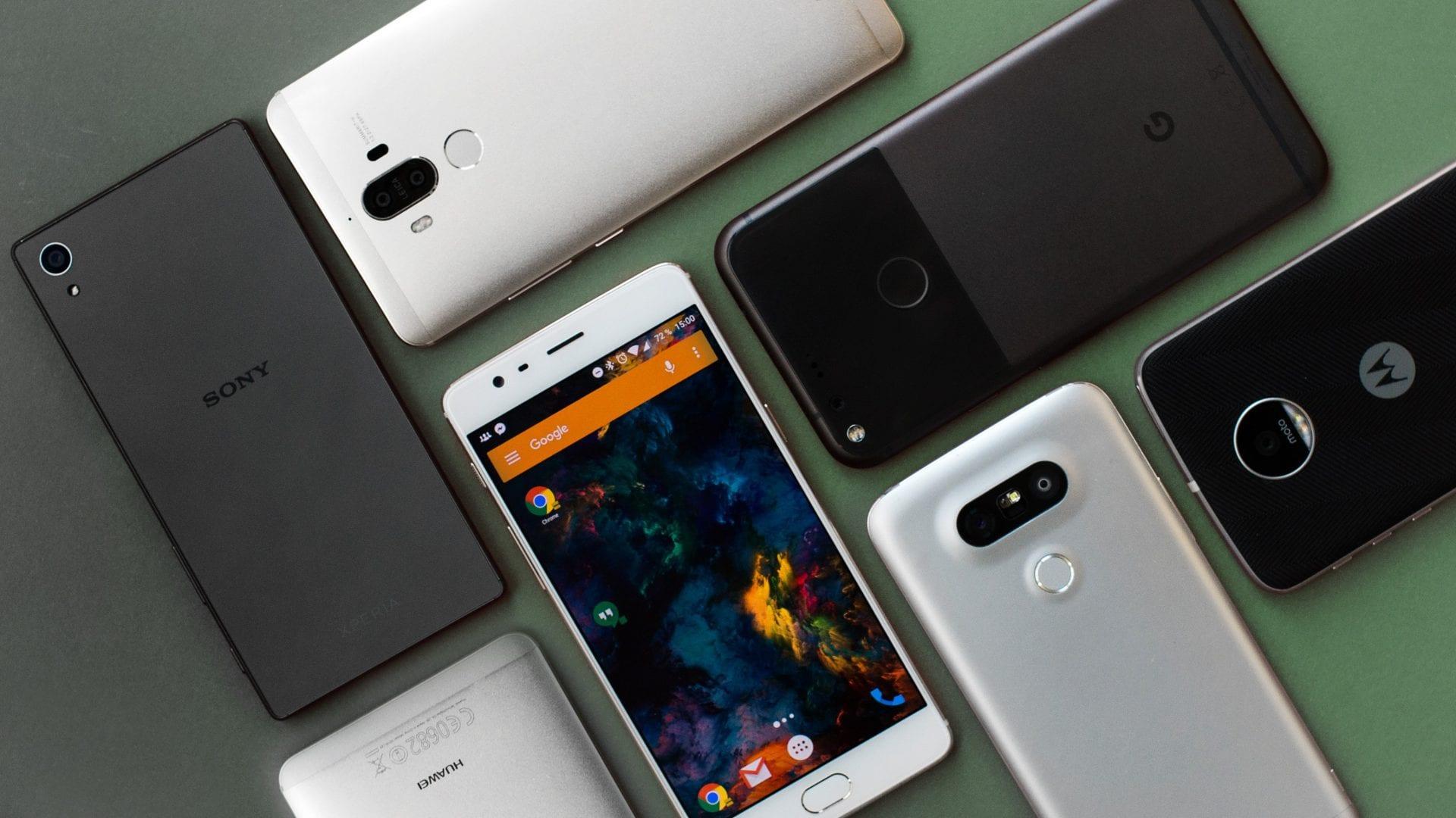 """Il miglior smartphone di fascia """"media"""" del 2018 secondo voi"""