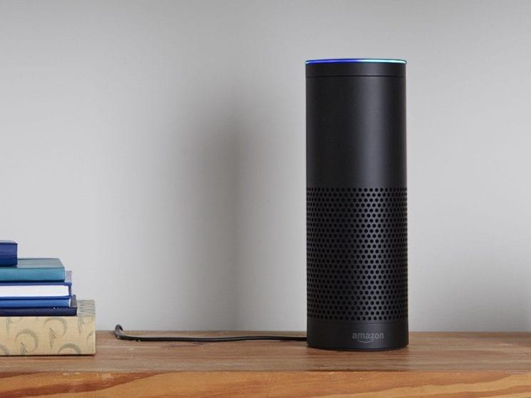 Amazon Echo rappresenta la risposta del colosso americano a Google Home e Apple HomePod