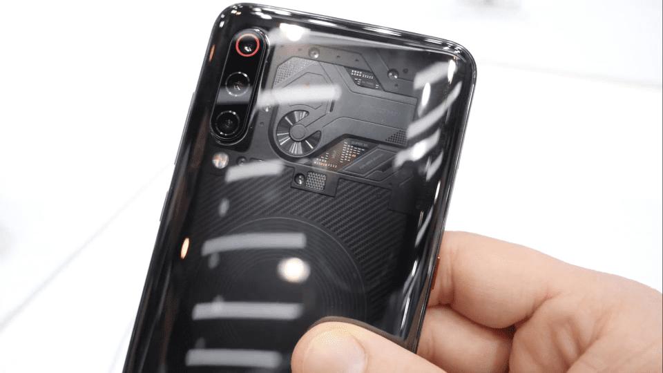 Xiaomi fa sul serio: Xiaomi Mi 9 trasparente, Mi 9 SE Global e Mi MIX 3 5G!