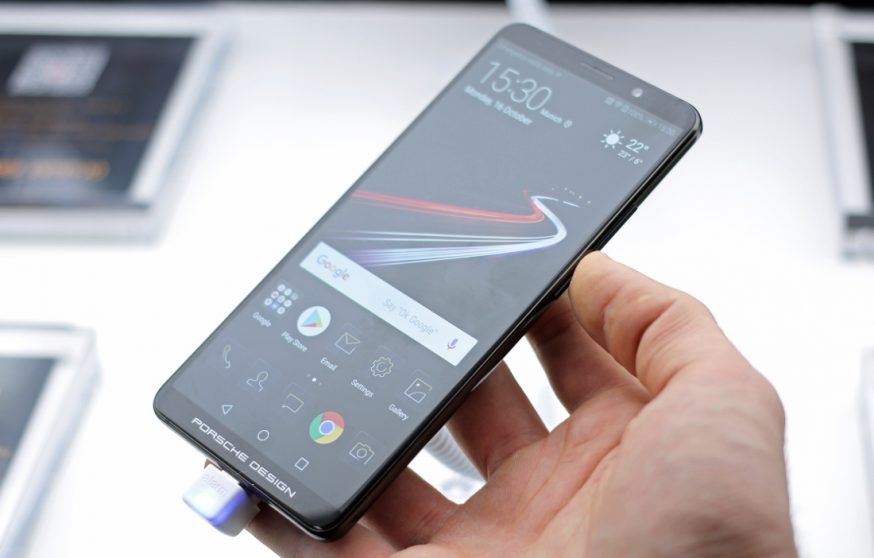 Huawei Mate 20 Pro avrà un display OLED dual edge?