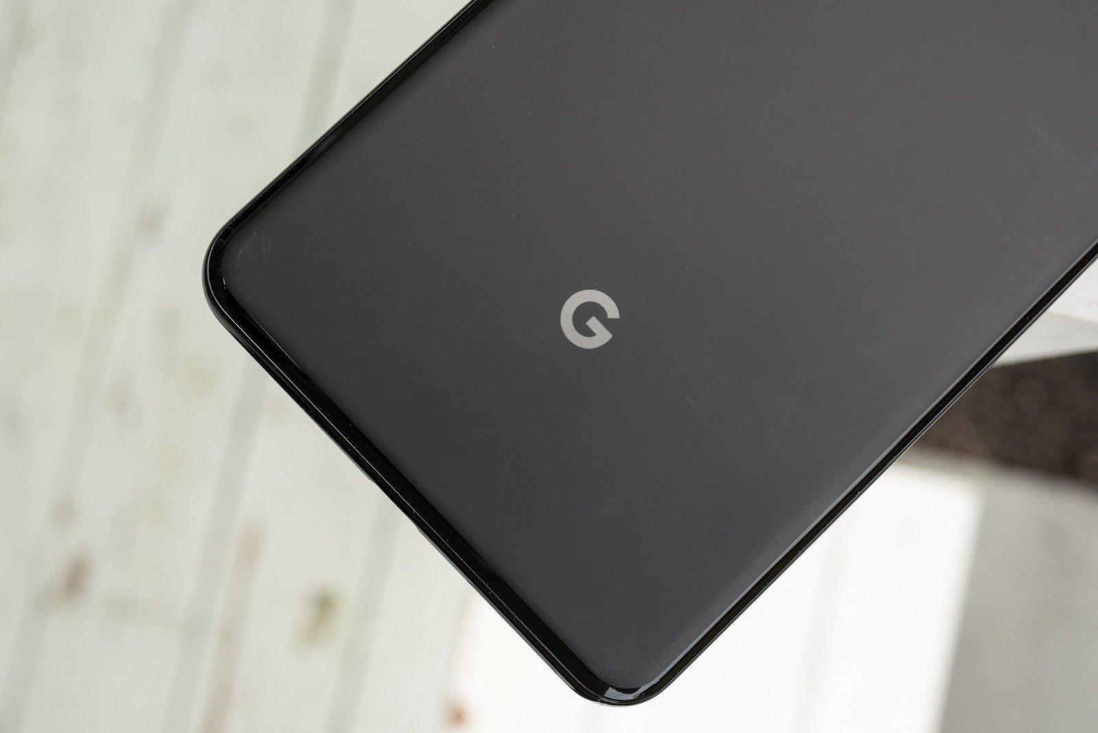 Google Pixel 4 si mostra in nuove immagini dal vivo