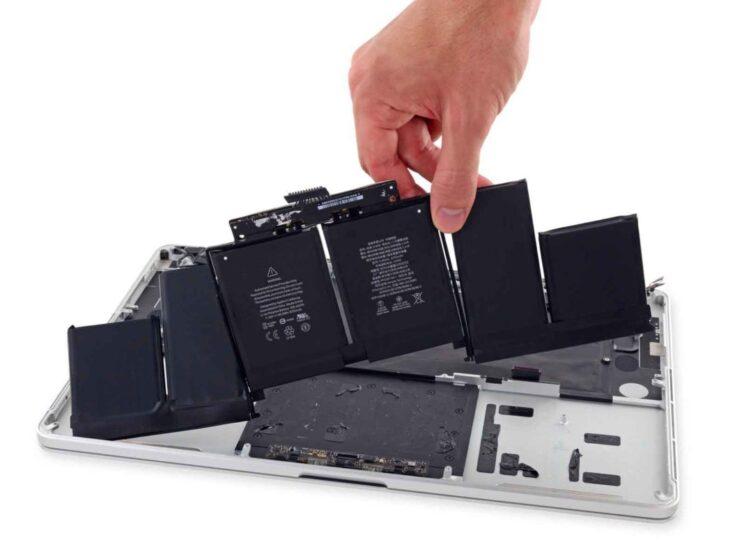 """MacBook Pro 15"""": bannati dai voli USA i modelli con batteria fallata"""