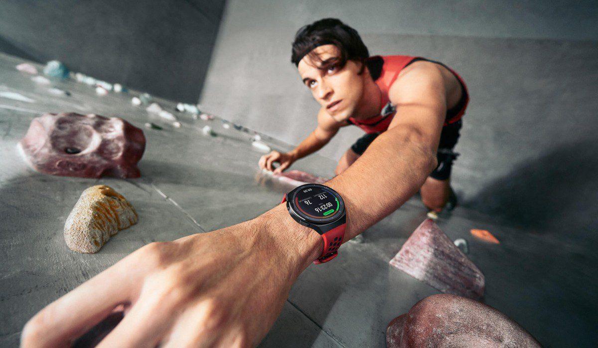 Huawei Watch GT2e: lo smartwatch dedicato agli sportivi