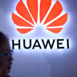 Effetto Covid: calo di vendite in Cina ma Huawei resiste