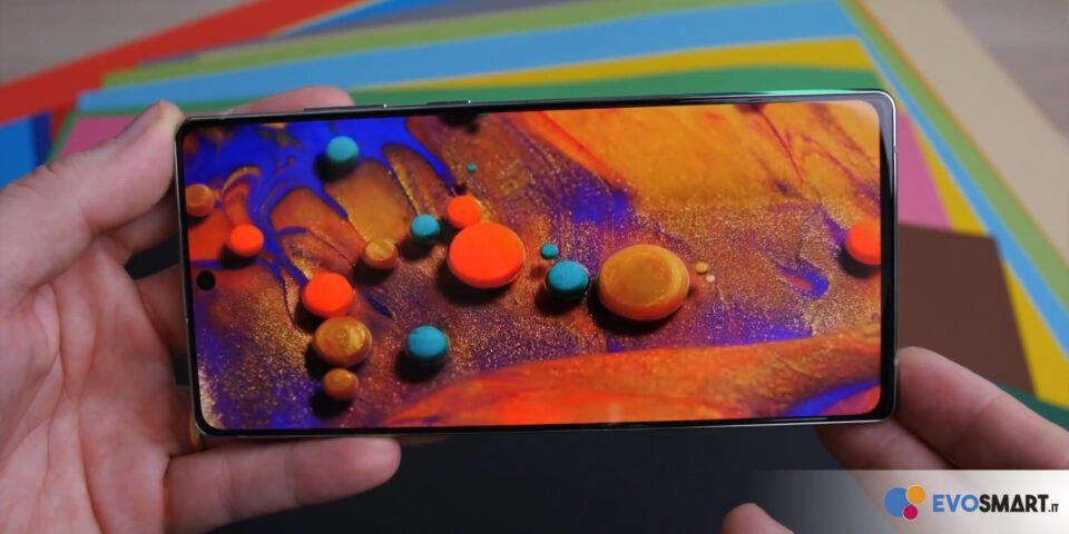 Ottima la riproduzione dei colori del display di Galaxy Note20 | Evosmart.it