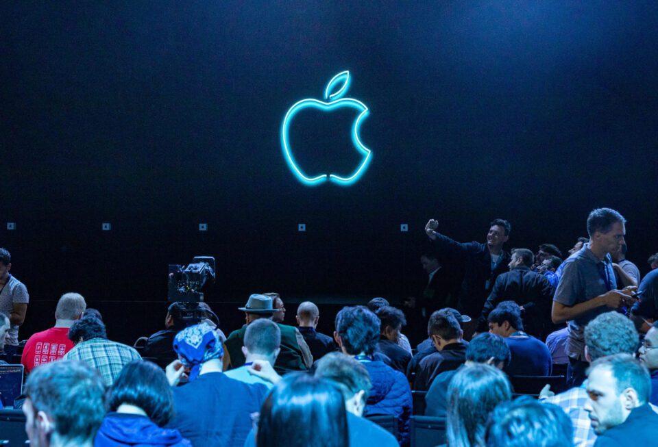Apple non presenterà iPhone 12 il 15 Settembre