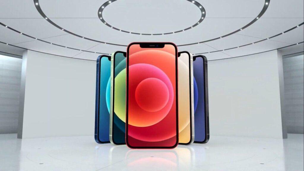iPhone 12 ufficiale: svelati prezzi e disponibilità
