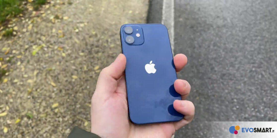 iPhone 12 mini retro