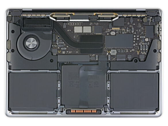 "MacBook Pro 13"" con M1 
