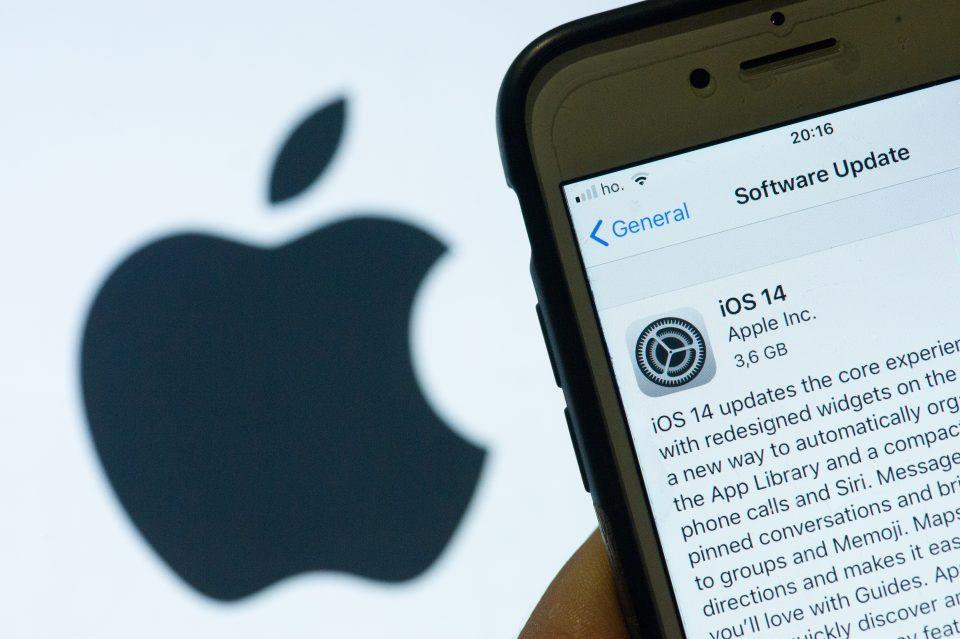 Svolta iOS: gli aggiornamenti di sicurezza arriveranno anche su iOS 14
